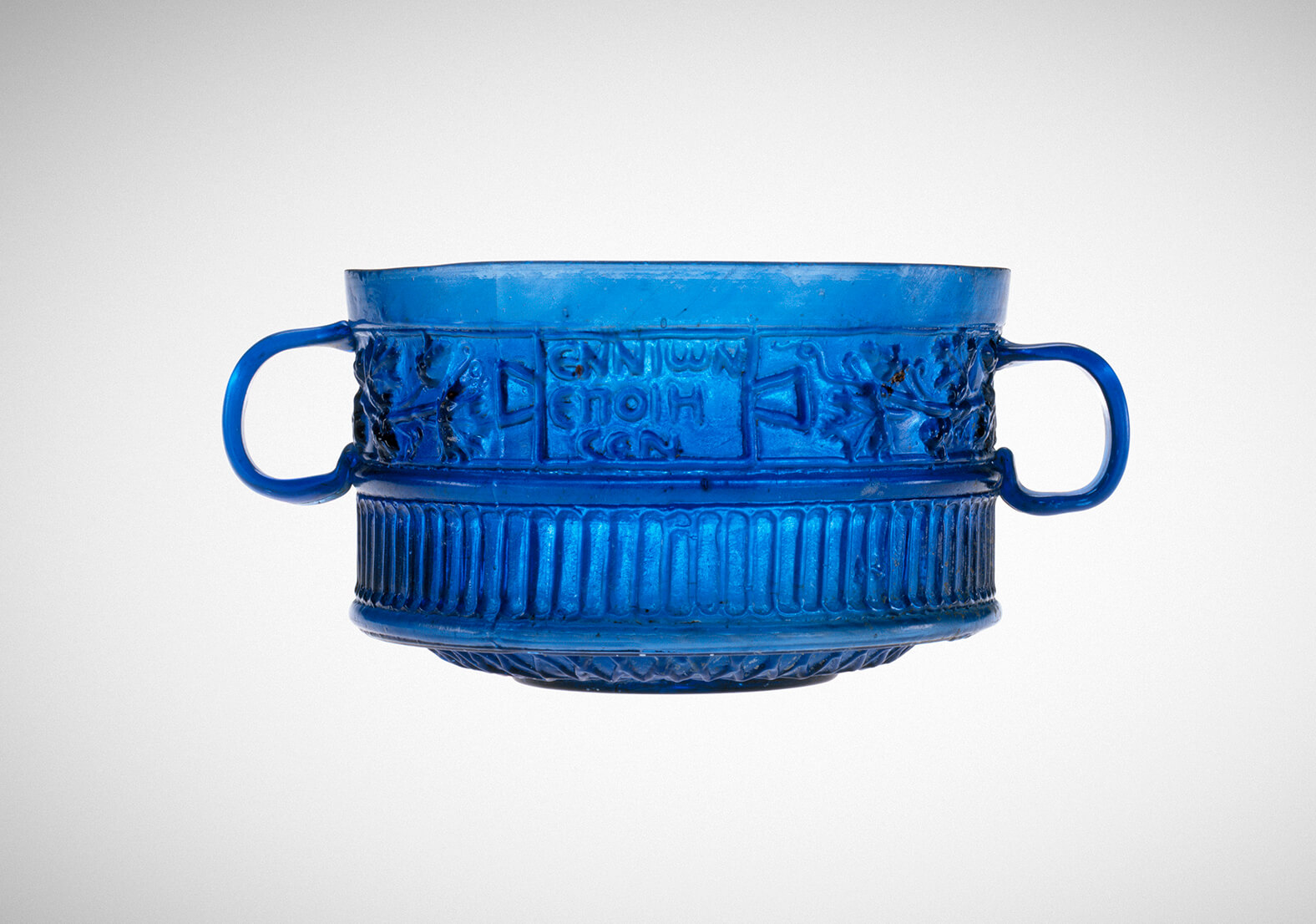 An example of the cups on which the Ennion credit was found.